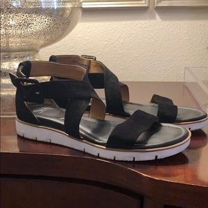 Söfft Black Sandals with Sport Heel